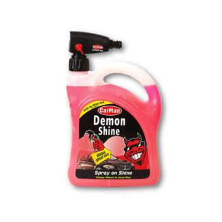 Demon Shine met spuitpistool
